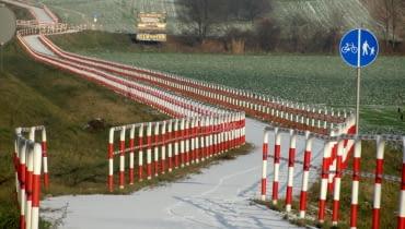 Ścieżka rowerowa przy drodze krajowej nr 5 na odcinku między miejscowościami: Psary i Wysoki Kościół