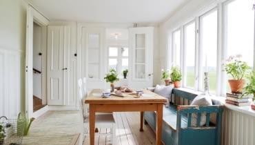 skandynawski dom, skandynawskie wnętrza, prosty dom, jasny dom, dom w stylu vintage