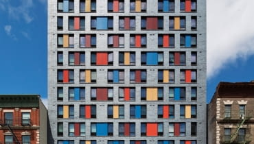 Apartamentowiec Boston Road, Alexander Gorlin Architects