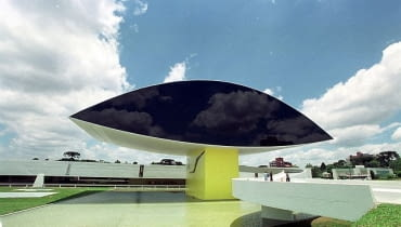 Muzeum im. Oscara Niemeyera, Kurytyba, Brazylia, proj. Oscar Niemeyer