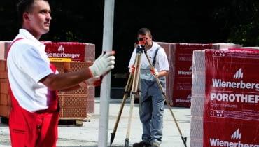 21.07.2009 WIAZOWNA ( WIZOWNA ) - BUDOWA DOMU Z PUSTAKA POROTHERM FIRMY WIENERBERGER . UL KOSCIELNAFOT. BRUNO FIDRYCH +48 600 83 82 82