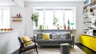 Salon w małym mieszkaniu