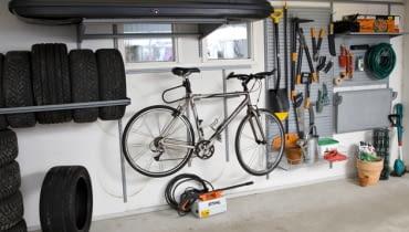 porządek w garażu, jak urządzić garaż, garaż, meble do garażu