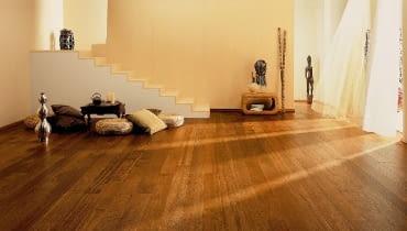podłoga z litego drewna,deska podłogowa,drewniana podłoga
