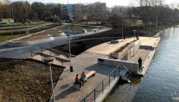 Nowy przystanek tramwaju wodnego przy hali Łuczniczce w Bydgoszczy