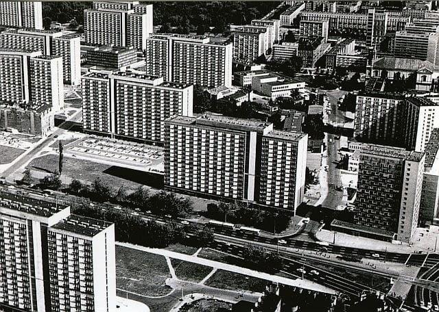 za zelazna brama, osiedle, bloki, prl, modernizm, warszawa