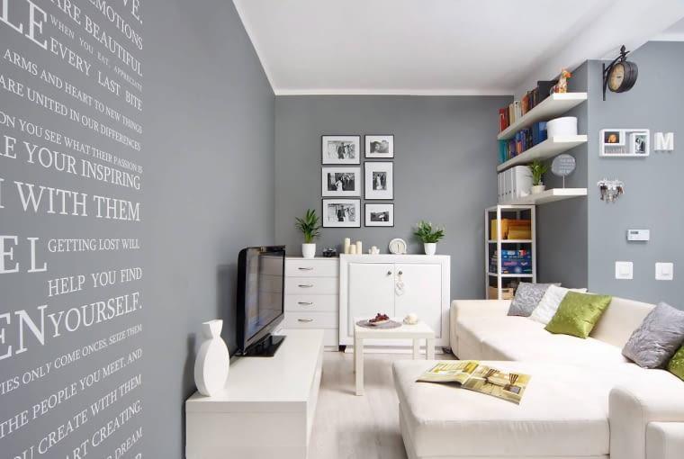 Szare ściany i białe meble