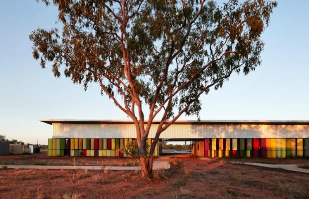 Hostel Fitzroy Crossing w Australii, projekt: Iredale Pedersen Hook Architects