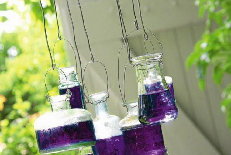 Ogrodowe dzwonki z flakoników