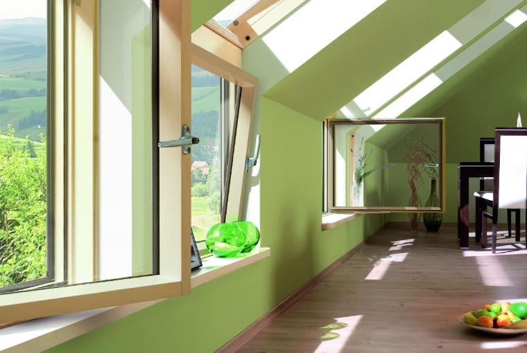 Jeden kolor ścian porządkuje wnętrze isprawia, że prezentuje się ono jako bardziej przejrzyste ispójne