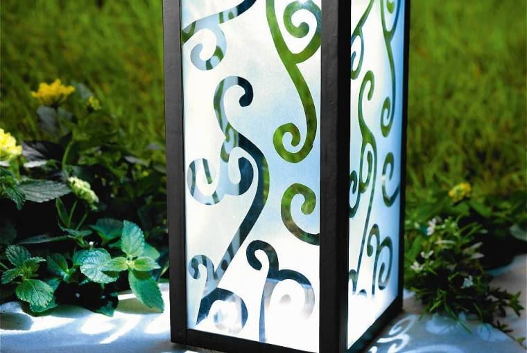 Solarna latarenka Ornamenty, 20 zł, www.weltbild.pl