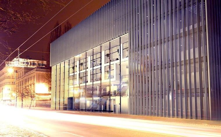 Biurowiec w Gdyni przy ul. 10 Lutego, projekt semestralny w Katedrze Architektury Mieszkaniowej Wydziału Architektury Politechniki Gdańskiej, czerwiec 2008