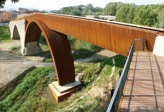 Renowacja średniowiecznego mostu nad rzeką Tordera, Sant Celoni, Hiszpania, 2003, proj. Alfa Polaris