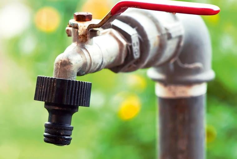 zawór ogrodowy, ujęcie wody, woda