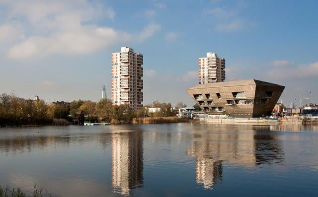 Biblioteka na Canada Water, Londyn, Wielka Brytania, proj. CZWG, 2011