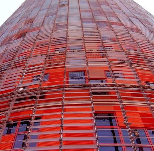 Torre Agbar - hiszpańska wieża Jean Nouvel'a