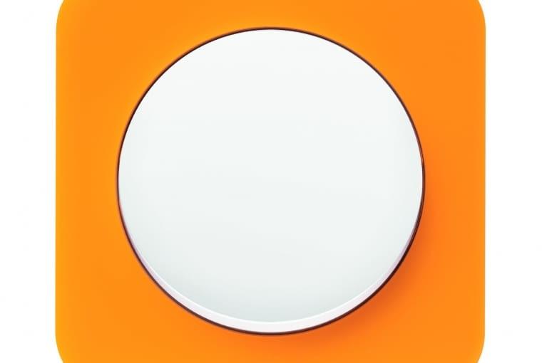WYŻSZA CENA R.1/BERKER; łącznik jednobiegunowy, klawisz: tworzywo białe ramka pomarańczowy akryl Cena: ok. 103 zł
