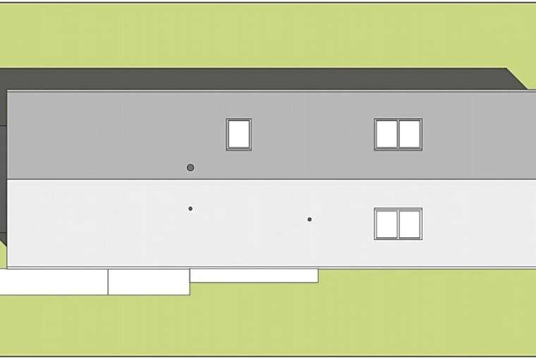 Antresola to przeważnie część układu komunikacyjnego i 'punkt widokowy' - trudno o lepszy pomysł na zdynamizowanie wewnętrznej przestrzeni domu. Warto o tym pamiętać, budując w mało atrakcyjnym otoczeniu - otwarte 'do środka' wnętrze z antresolą może odwrócić uwagę od brzydkiego widoku za oknami.