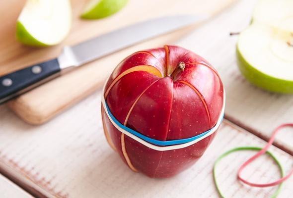 Zdrowa, szybka przegryzka ładnie będzie się prezentować na stole. Goście nie będą musieli używać noża