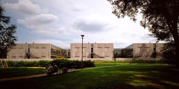 Gimnazjum i Centrum Kultury im. Van Gogha, Warszawa - Białołęka