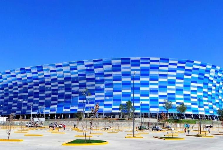 Estadio Cuauhtémoc, Puebla - Meksyk (III nagroda w głosowaniu internautów, VI nagroda w głosowaniu jury) - To drugi meksykański stadion, który znalazł się w finałowej dziesiątce w obydwu głosowaniach. Stadion został wybudowany w latach sześćdziesiątych według projektu Pedro Ramireza Vázqueza. W zeszłym roku natomiast zakończyła się jego gruntowna przebudowa.