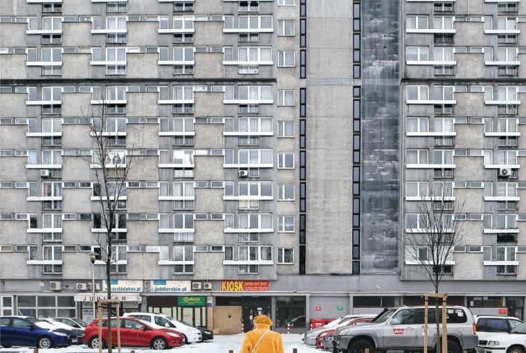 Zdjęcie z książki ' 'Eastern Blocks. Concrete Landscapes od the Former Eastern Block' Zupagrafika.