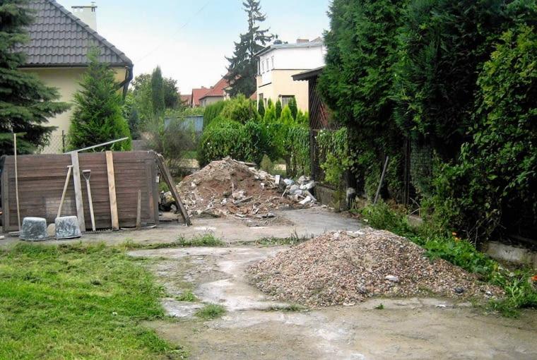 Tak było: w miejsce starej betonowej wylewki powstał kącik wypoczynkowy