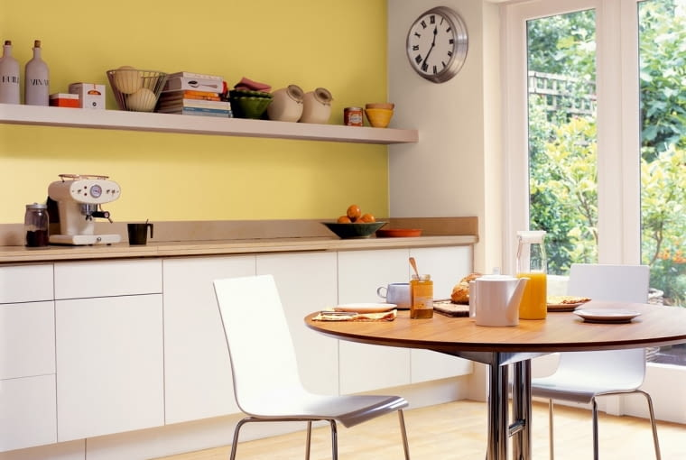Jakie farby do kuchni i do łazienki? Farby do 'mokrych pomieszczeń'
