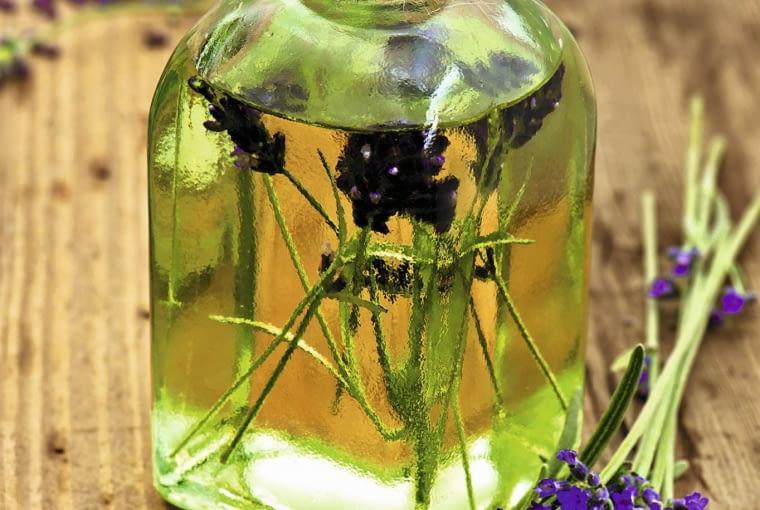 olejek lawendowy na komary