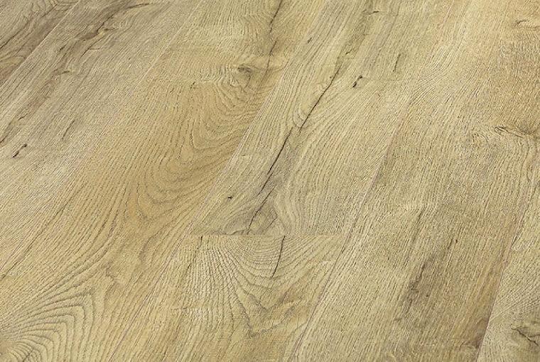 Dąb Pacyfik Platinium Flooring Marine/Kronopol Klasa ścieralności: AC4 klasa użyteczności: 32 grubość: 10 mm wymiary: 159 x 1380 mm V-fuga struktura drewna szczotkowanego 7 paneli w paczce. Cena: 53,99 zł/m2, ww.kronopol.pl