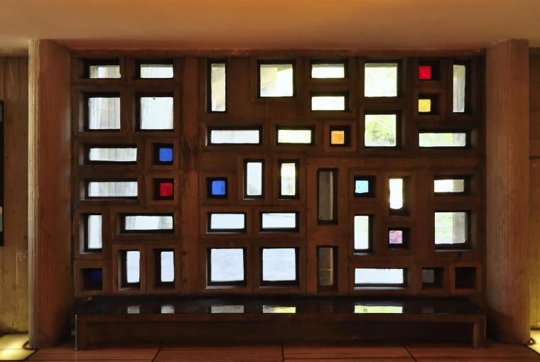 Jednostka Marsylska, proj. Le Corbusier - detale w foyer