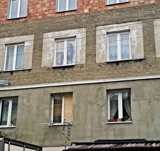 Warstwa po warstwie i koń w oknie, Warszawa
