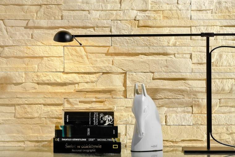 Imitacja piaskowca. Rimini, płytki dekoracyjne, 52 x 11 cm, gr. 0,3-0,45 cm, Stegu, 19 zł/opakowanie (14 szt.)