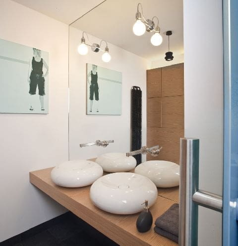 łazienka,wyposażenie łazienki,aranżacja łazienki,umywalka nablatowa,oświetlenie łazienki
