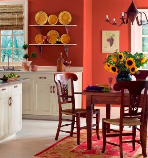 Farby do wnętrz, kolory ścian. Jedna ściana pomalowana wybranym kolorem nabiera charakteru. Warto do tego koloru nawiązać również w dodatkach