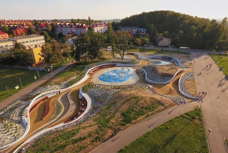 Zagospodarowanie części Jaworznickich Plant z wodnym placem zabaw