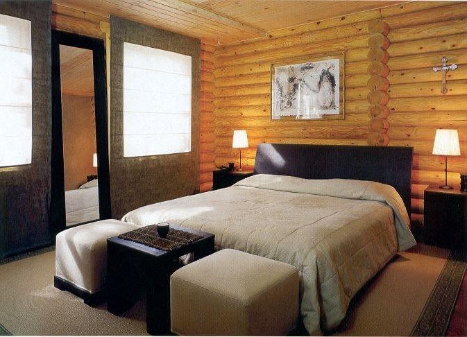 Dom z bali - sypialnia przykładowego domu. Ściany mogą być wykończone drewnem lub płytami gipsowo-kartonowymi i otynkowane