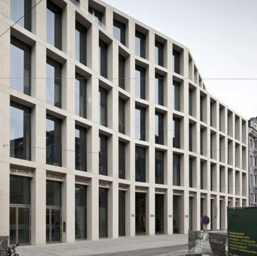 Minimalistyczny Kaufhaus Tyrol', proj. David Chipperfield Architects, Innsbruck, Austria, 2011