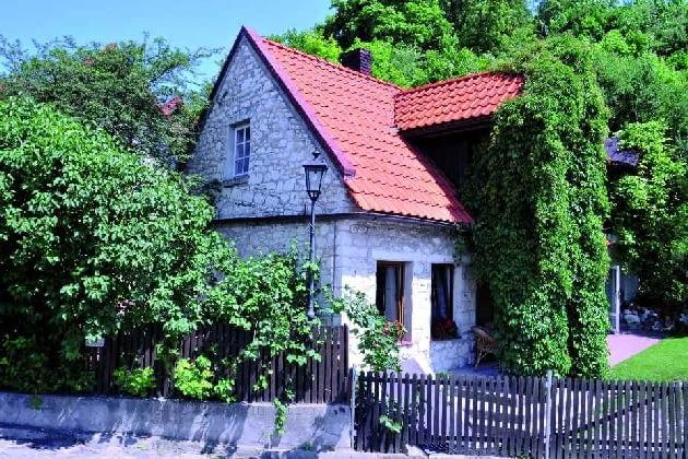 dom jednorodzinny, Kazimierz, przebudowa, okno w ścianie szczytowej