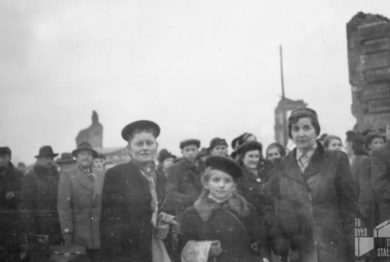 Ruiny Zamku Królewskiego, lata 1945-50