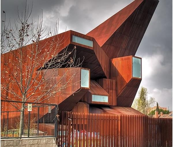 architektura sakralna, kościoł, architektura, Kościoł św Moniki, Madryt, Hiszpania, Ignacio Vicensa, Jose Antonio Ramos, Vicens Ramos