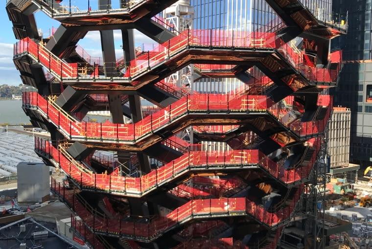 Vessel w Nowym Jorku w trakcie konstrukcji, projekt: Thomas Heatherwick Studio