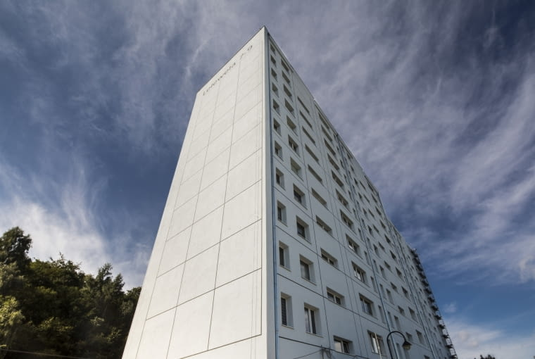 Nowa elewacja bloku w Gdyni. Projekt Jacek Wielebski Stowarzyszenie Traffic Design