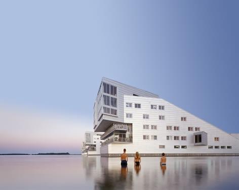 Lake Side Housing w Huizen