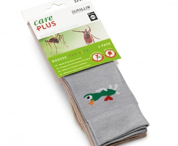 Skarpety antykomarowe dla dzieci - Care Plus Bugsox for Kids wykonane zostały z włókna bambusowego, które ma działanie antybakteryjne. www.tropiker.pl, ok. 80 zł./2 szt.