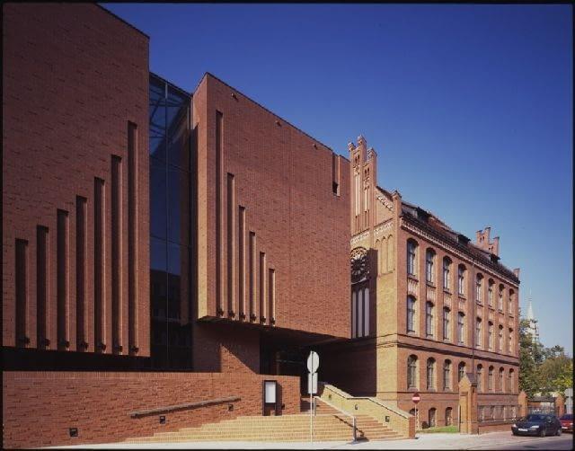Centrum Nauki i Edukacji Muzycznej 'Symfonia'