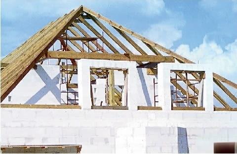 Lukarna o konstrukcji murowanej - przed zabudowaniem