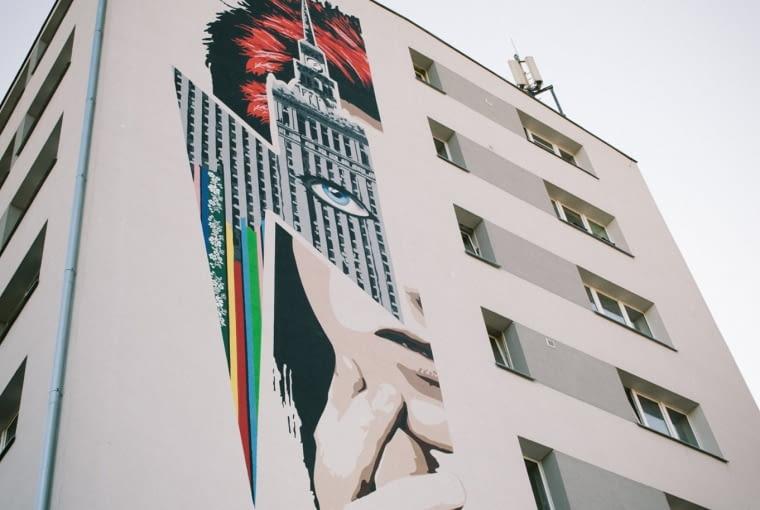Mural przedstawiający Davida Bowiego