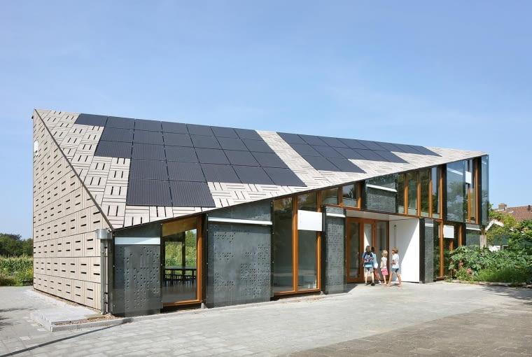 Educatiecentrum - Centrum Edukacji Przyrody i Środowiska w Amsterdamie. Proj. bureau SLA