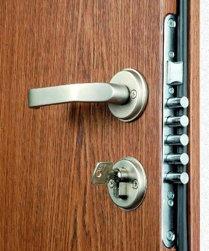 drzwi antywłamaniowe, zamek do drzwi